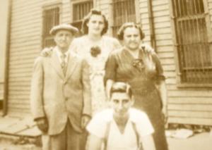 The BELLINO FAMILY ... Philipo, Lucia,Tony,Josephina ... Lodi, New Jersey ... 1939