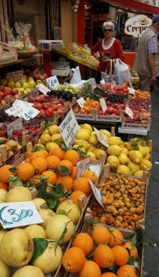 FruitSORRENTOoranges.jpg